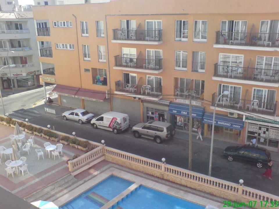Hotel Neben Seitenstrasse Hotel Iris Platja De Palma Playa De