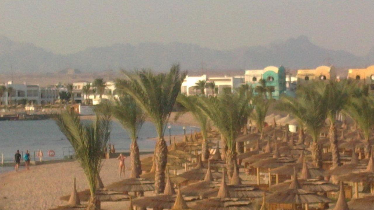 Seitlicher Strand Beach Albatros Resort