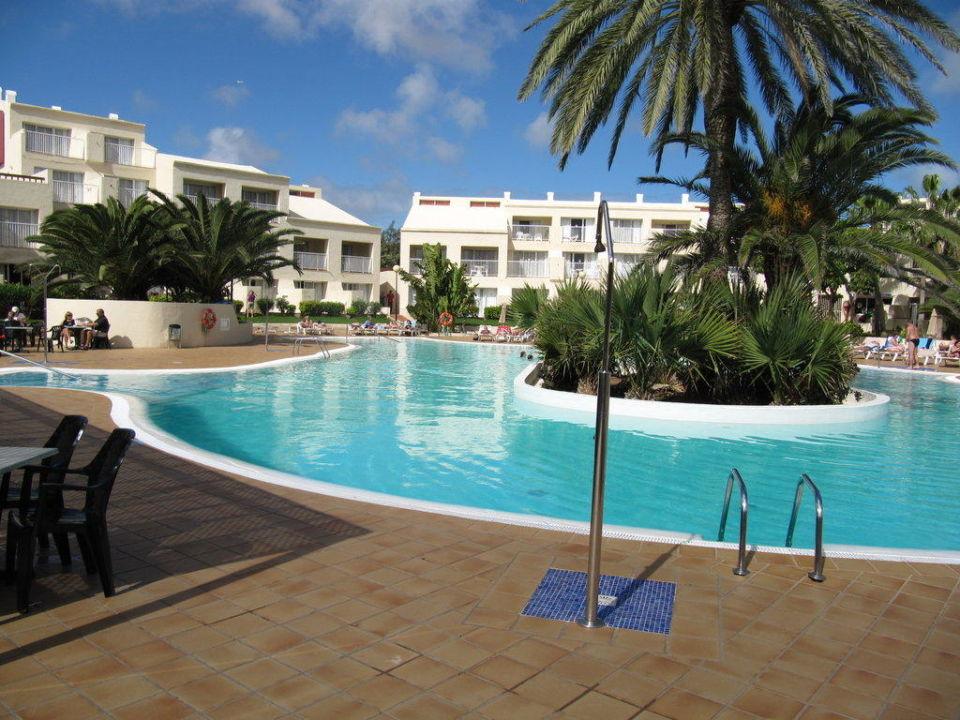 Pool bei nebenh user hotel riu oliva beach resort for Riu oliva beach village