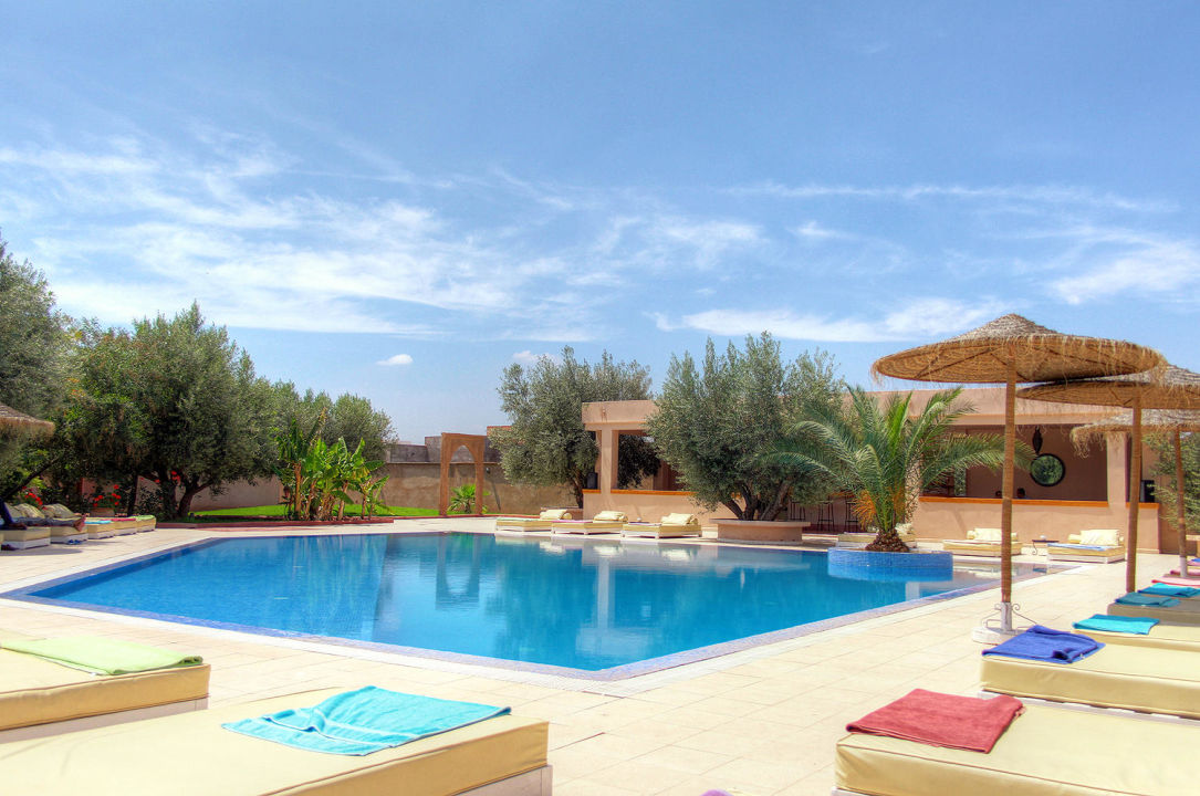 Piscine hotel la maison des oliviers in marrakesch for Piscine 3 05 x 1 22