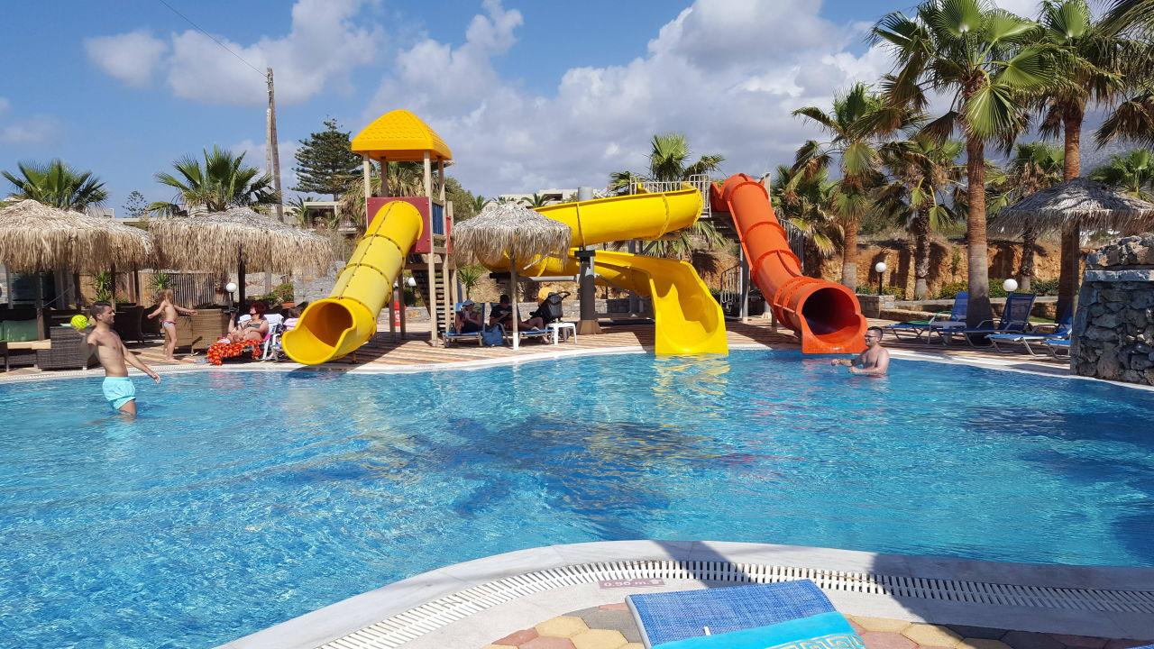 Kinderpool Mit Rutschen Aeolos Beach Malia Holidaycheck Kreta
