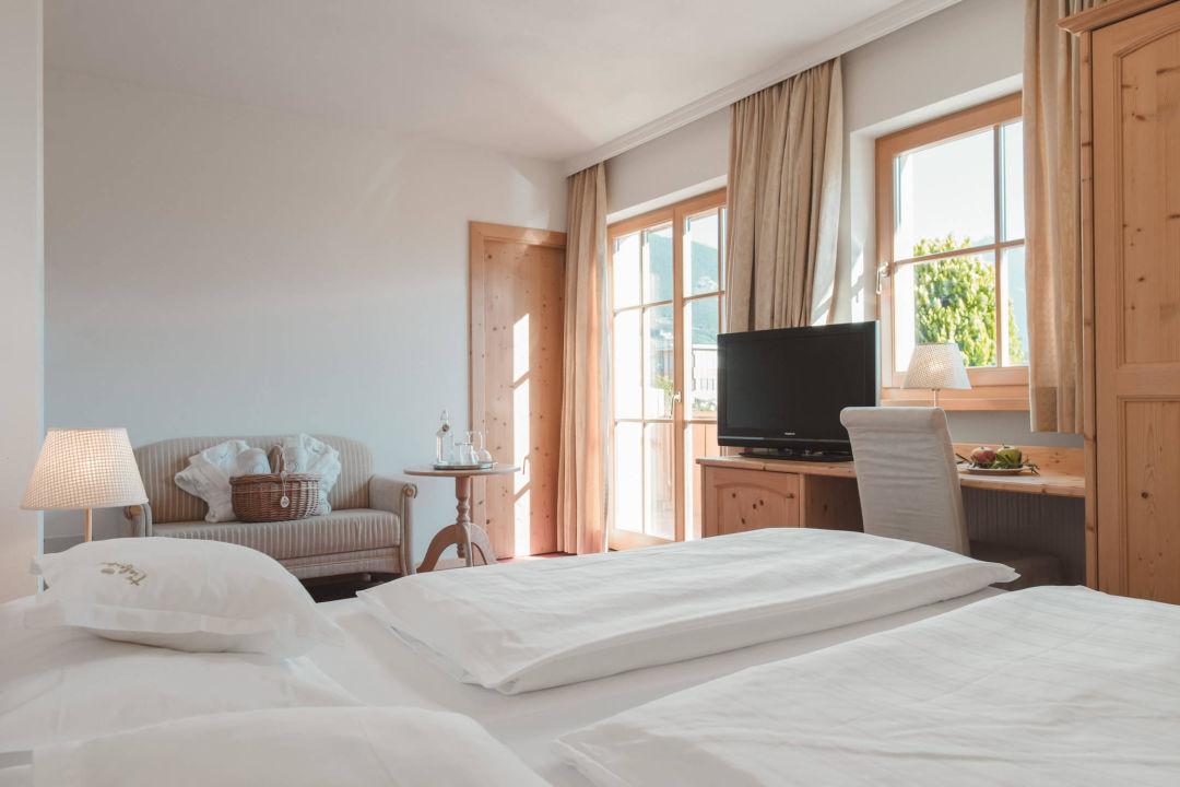 Zimmer Meran Im Tiefenbrunn Gardensuites & Residence