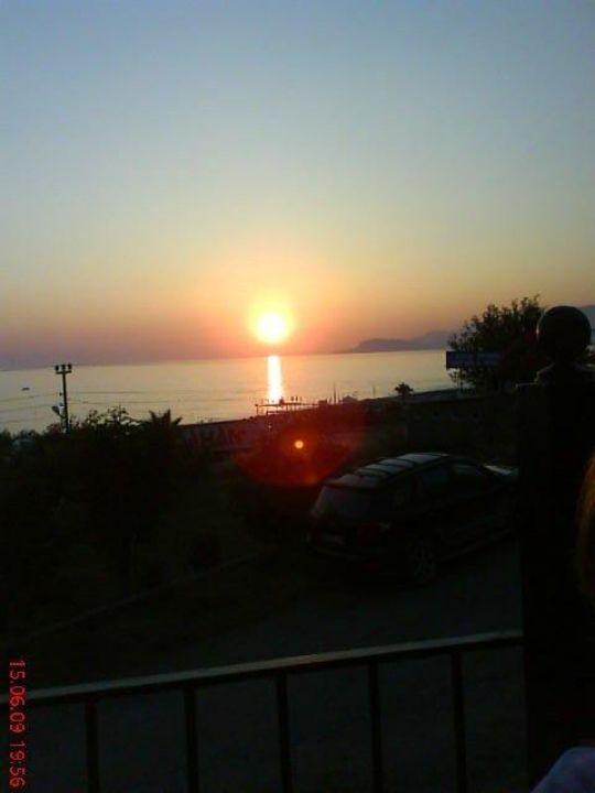 Sonnenuntergang vom Restaurant Deniz Club Hotel Titan