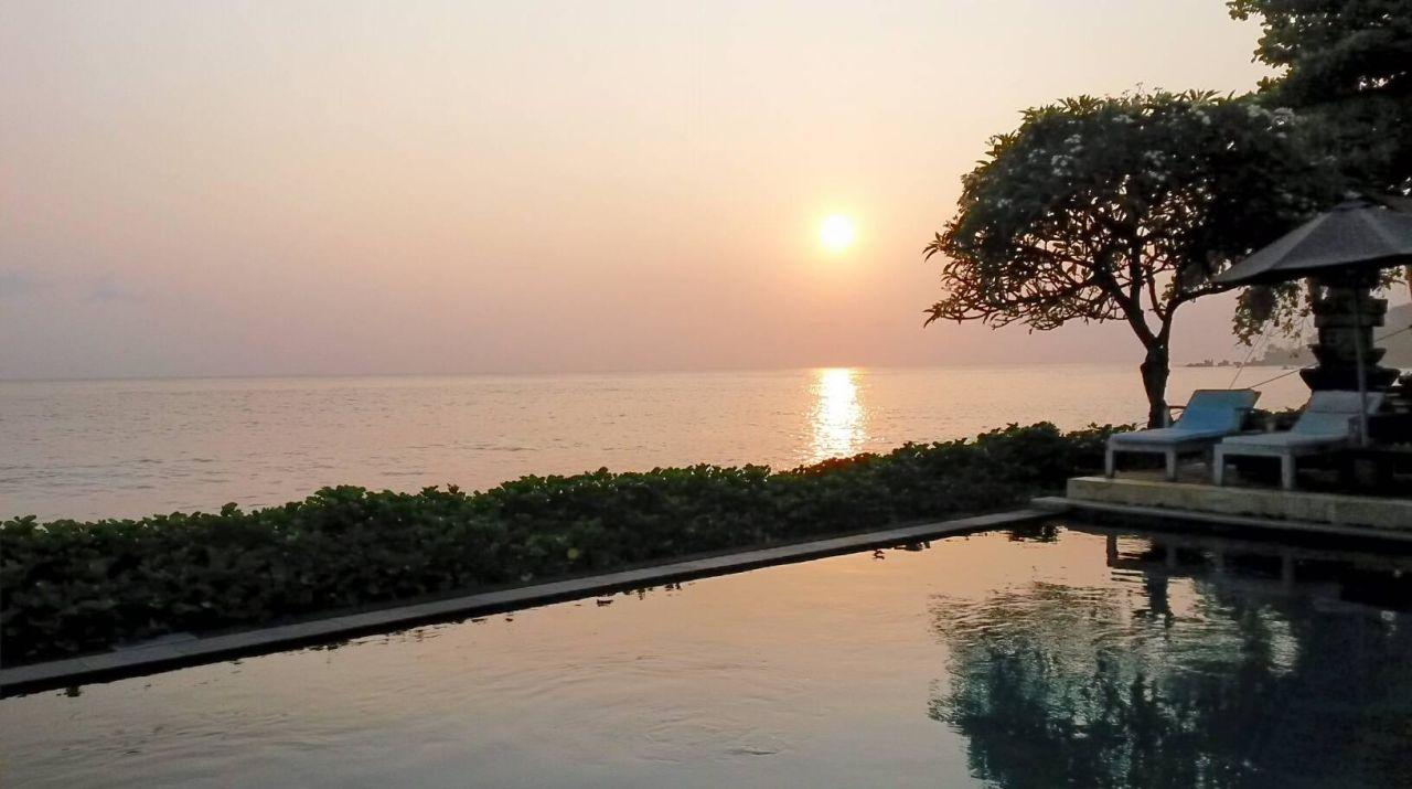 Am frühen Morgen Hotel Tauch Terminal Resort Tulamben