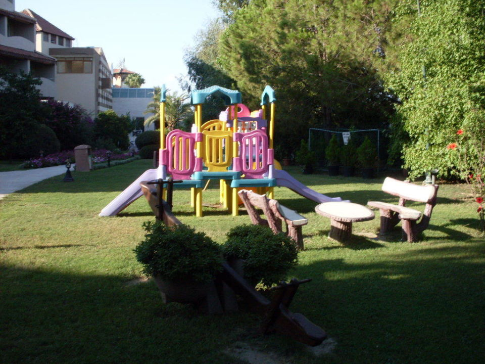 kinderspielplatz im garten hotel emirhan geschlossen in side holidaycheck t rkische. Black Bedroom Furniture Sets. Home Design Ideas