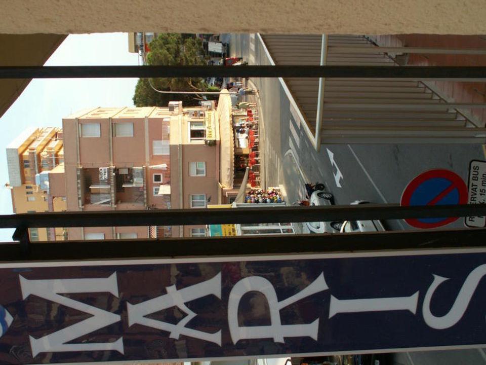 Z balkonu nad głównym wejściem Hotel Stella Maris