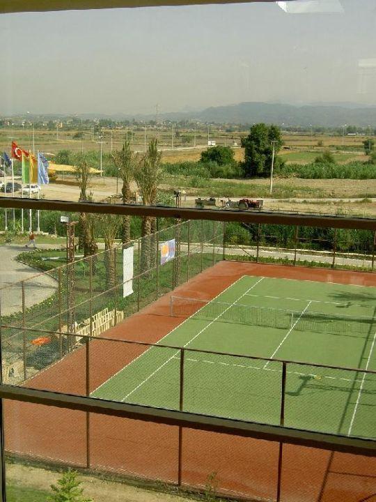 Tennisplatz lti Xanthe Resort & Spa