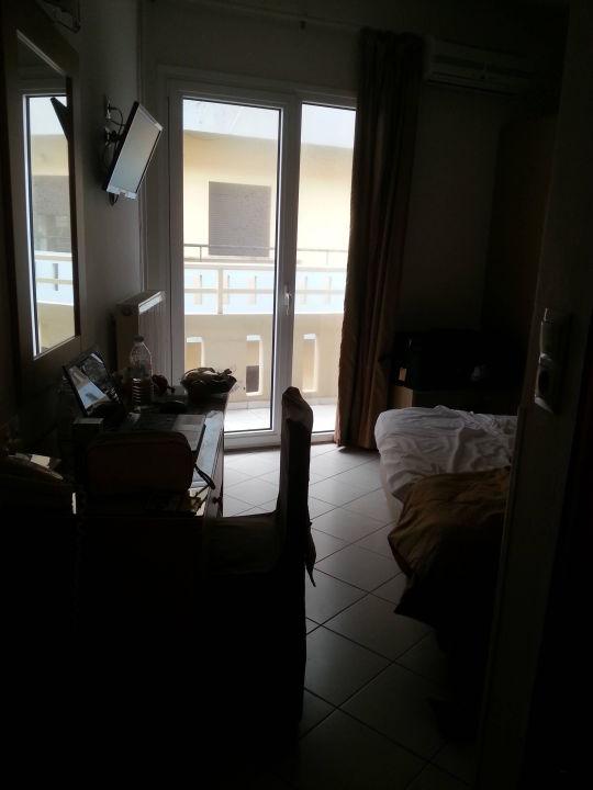 Zimmer 304 - Blick ins Zimmer Kronos Hotel