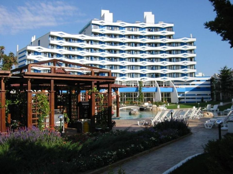 Trakia Plaza von hinten / Bulgarien Hotel Trakia Plaza