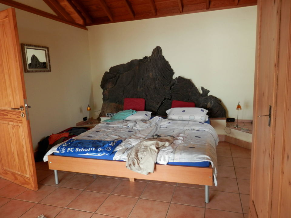 Das Schlafzimmer, echt Super mit der Lava. Casa Petra