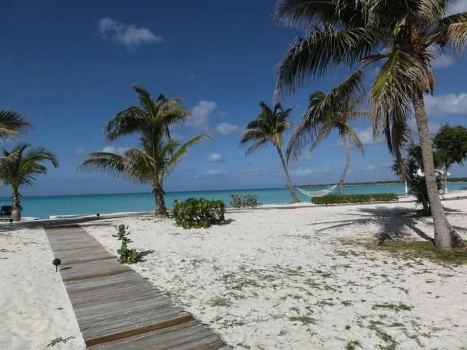 Blick von der Terrasse aus Hotel Cape Santa Maria Beach / Resort