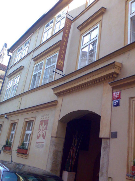 Ansicht von der Strasse Hotel Leonardo Prague