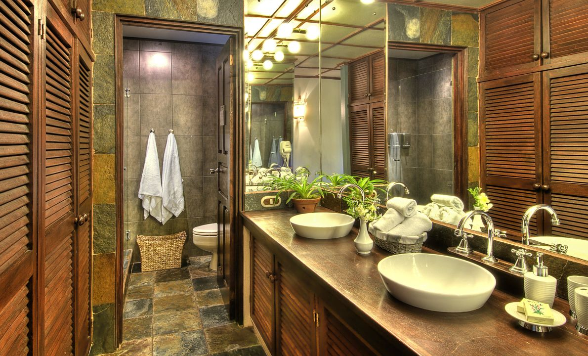 Bathroom Hotel Monteverde Lodge & Gardens