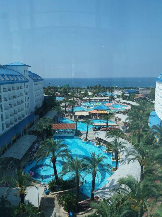 Ausblick Crystal Admiral Resort Suites & Spa