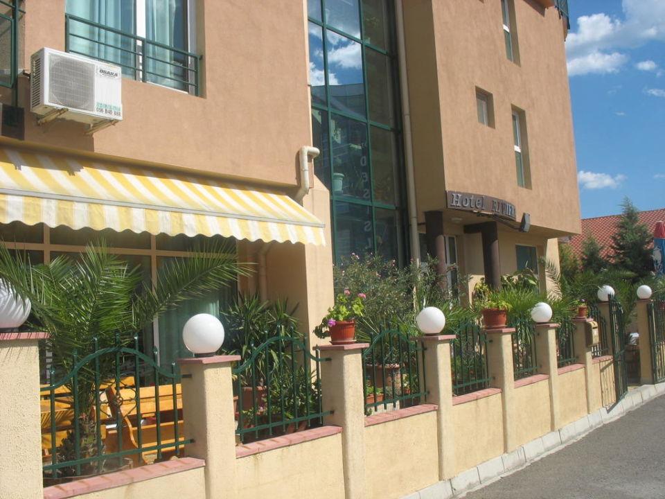 Hotel z zewnątrz Hotel Riviera