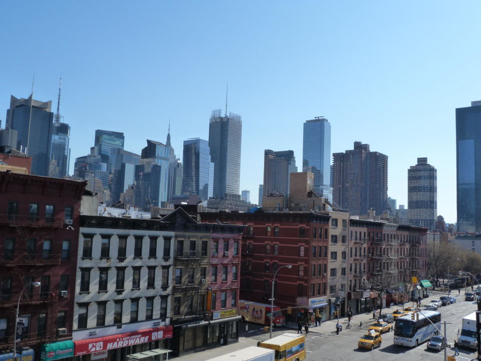ausblick 5 stock hotel skyline new york in new york. Black Bedroom Furniture Sets. Home Design Ideas