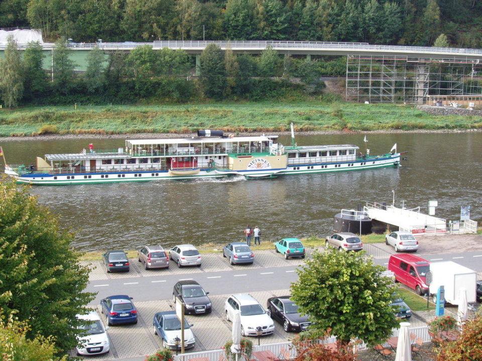 Raddampfer nach Dresden Elbhotel