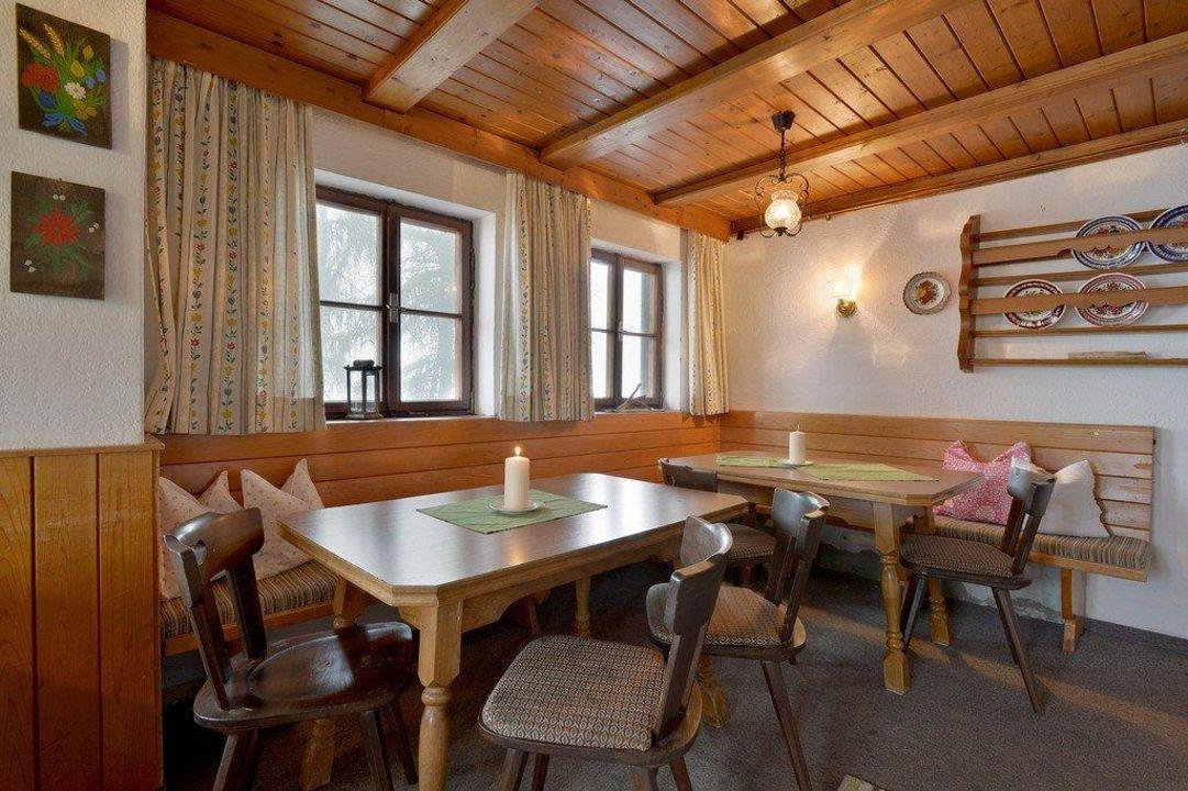 Uriges Tiroler Wohnzimmer Die Stube Ferienhaus Lenzelerhof
