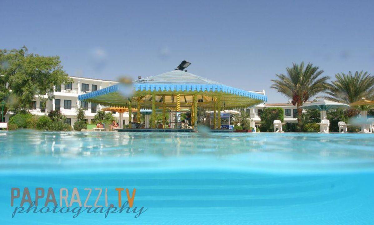 Poolbar Riviera Plaza Abu Soma