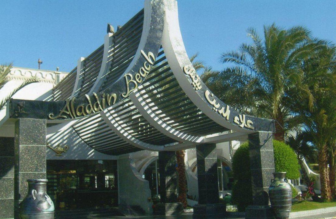 Ankunft und boah sagen Aladdin Beach Resort