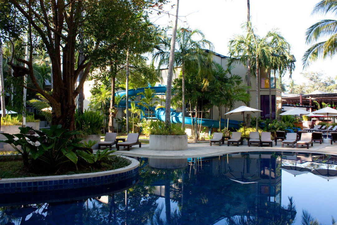 Pool Novotel Phuket Surin Beach Resort