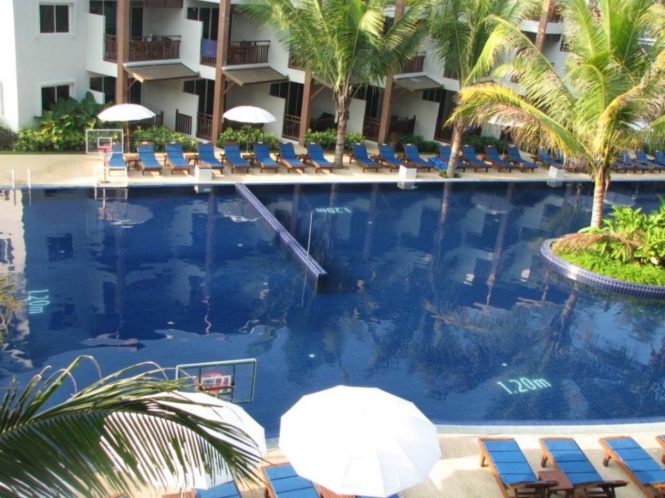 Pool Sunwing Bangtao Beach