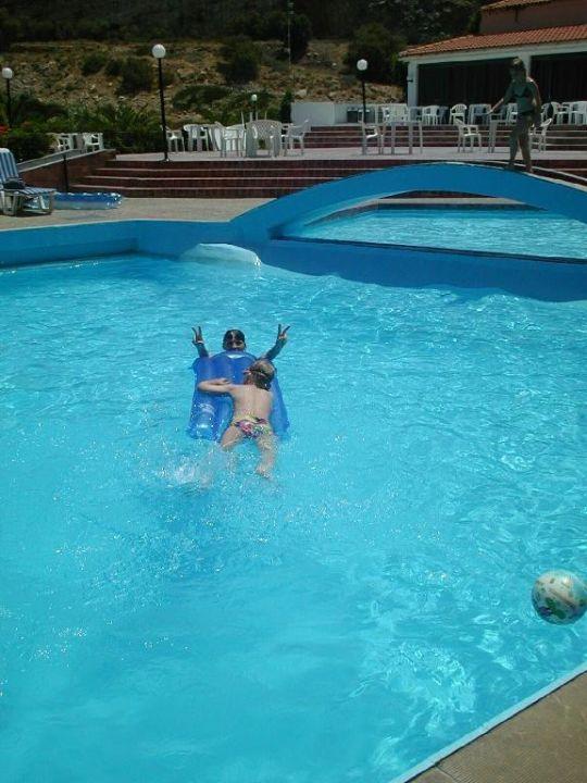 Pool Hotel Begeti Bay