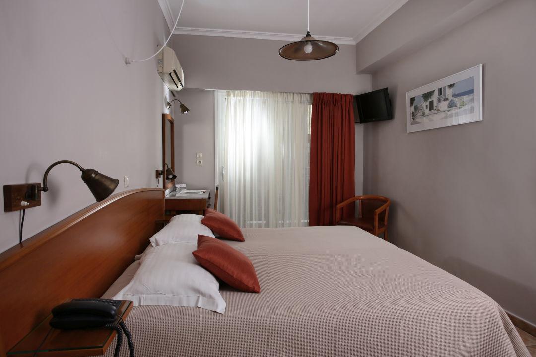Zimmer Hotel Evripides