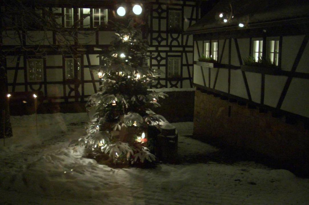 bild romantik pur zu romantik hotel neum hle in wartmannsroth. Black Bedroom Furniture Sets. Home Design Ideas