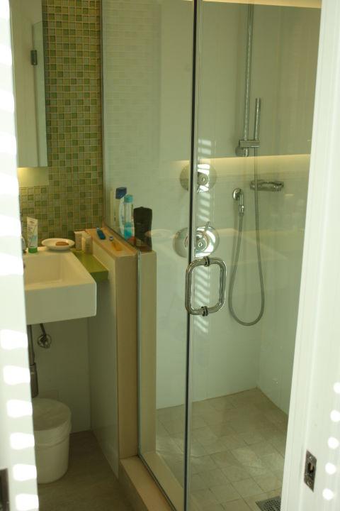 Große, Moderne Dusche Circa 39 Hotel Miami
