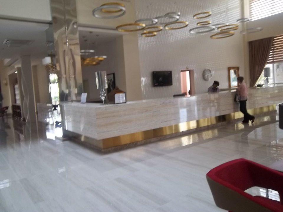 Sehr freundlicher und offener Empfang Hotel Royal Garden Select