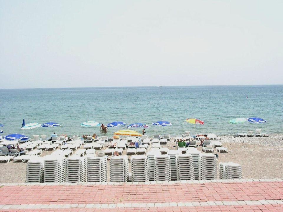 Der Strandabschnitt des Hotel Poseidon Belpoint Beach Hotel