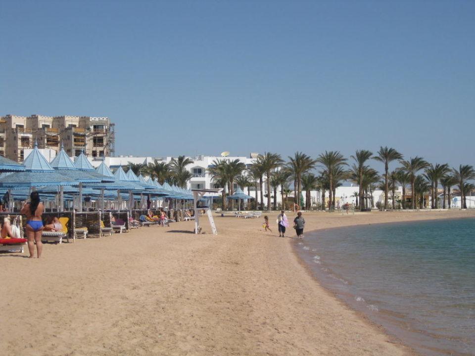Gepflegtes Strand The Grand Resort