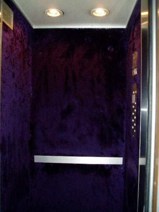 Aufzug des Hotels Hotel Maison du Pré
