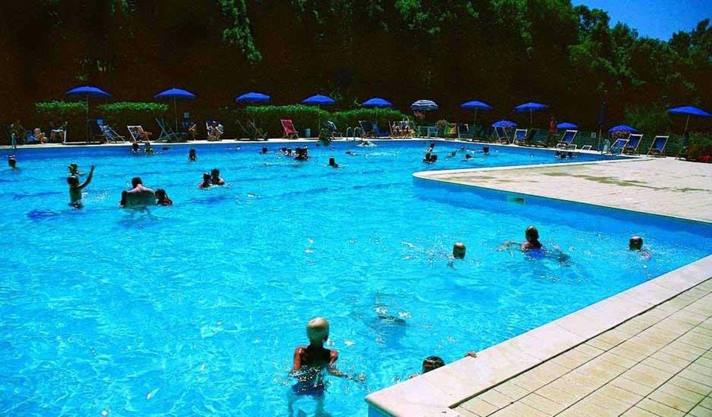 La piscina del campeggio Camping Vallegaia