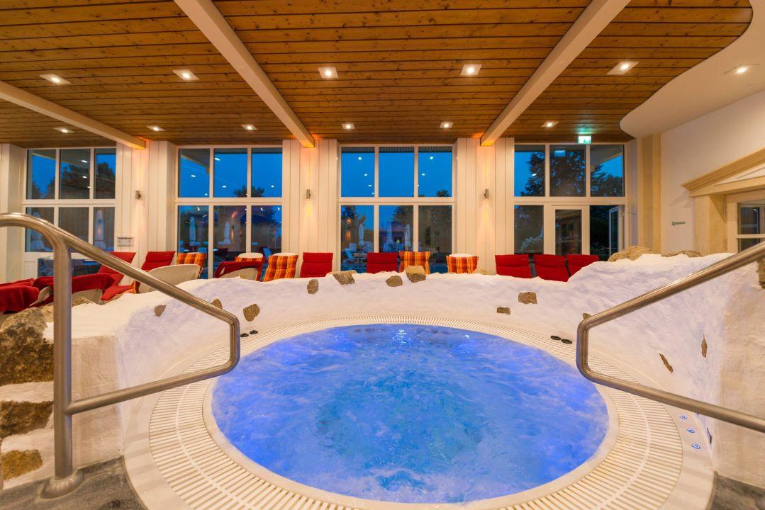 "der neue whirlpool"" parkhotel bad griesbach in bad griesbach im, Badkamer"
