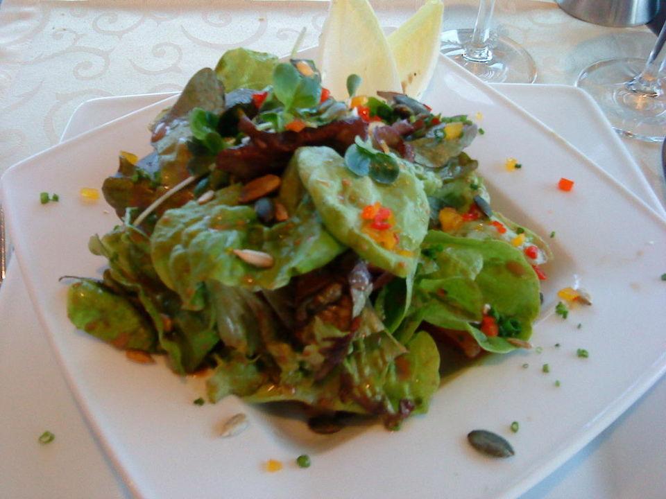 Restaurant rosmarin salatteller bodenseehotel for Bodenseehotel immengarten