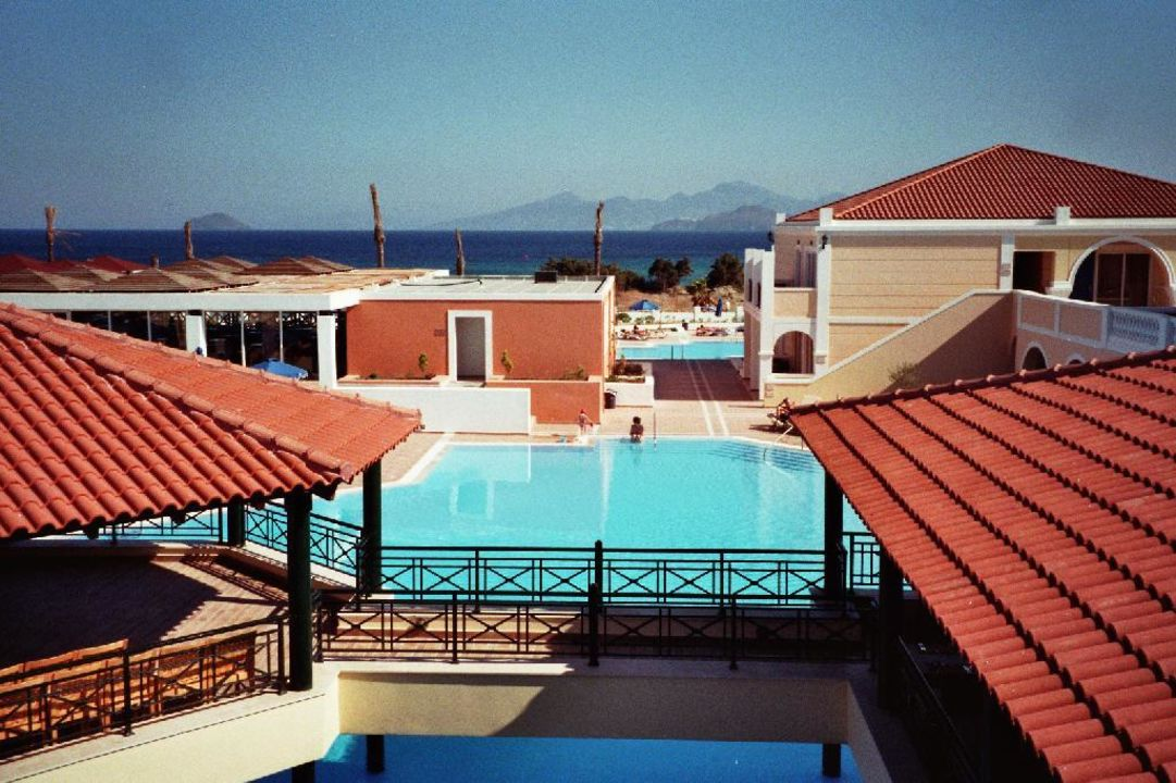 diverse Pools Atlantica Porto Bello Royal Hotel