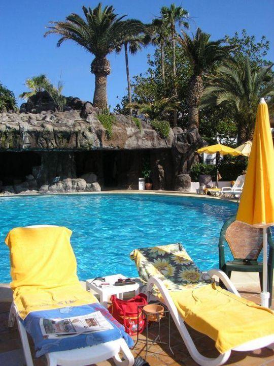 Unser Liegeplatz am Pool Hotel H10 Conquistador