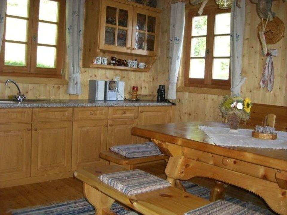 Küche mit Holzofen - Zickerhütte\