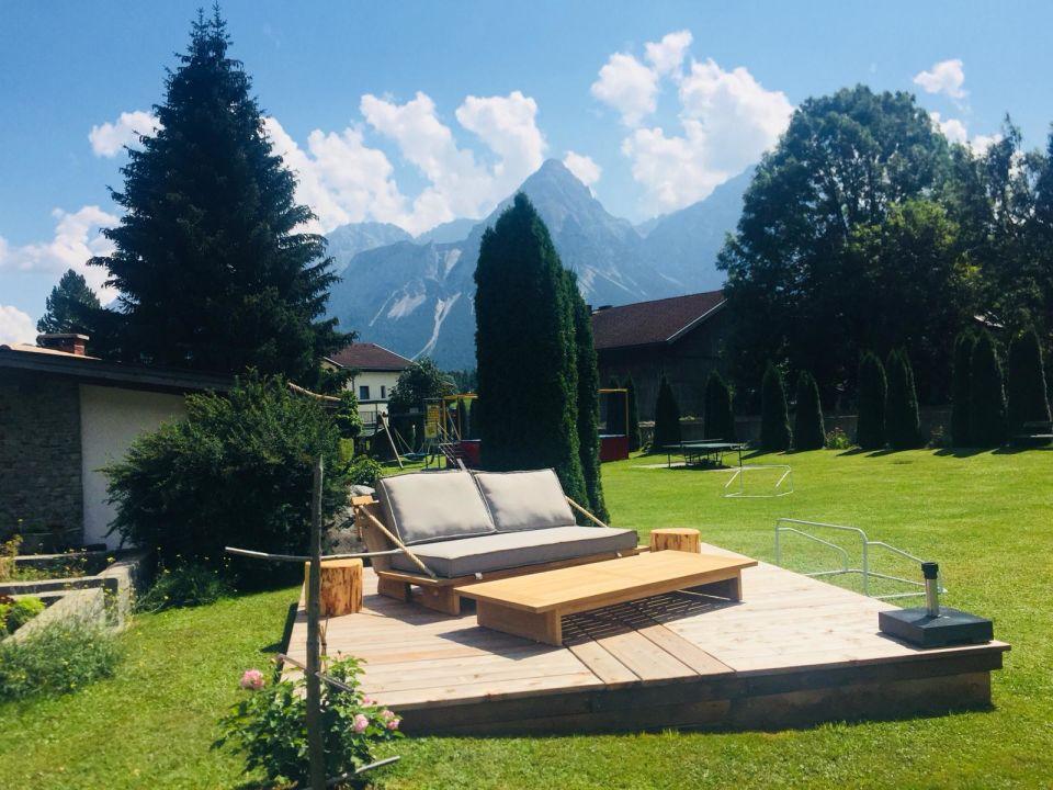 Gartenanlage Alpendomizil an der Zugspitze - Appartements & Lodges