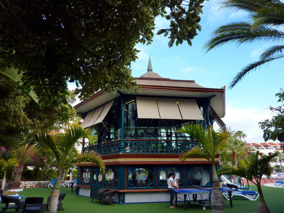 Bild eine poolinsel zu apartamentos parque santiago 3 in playa de las americas - Apartamentos parque santiago ...
