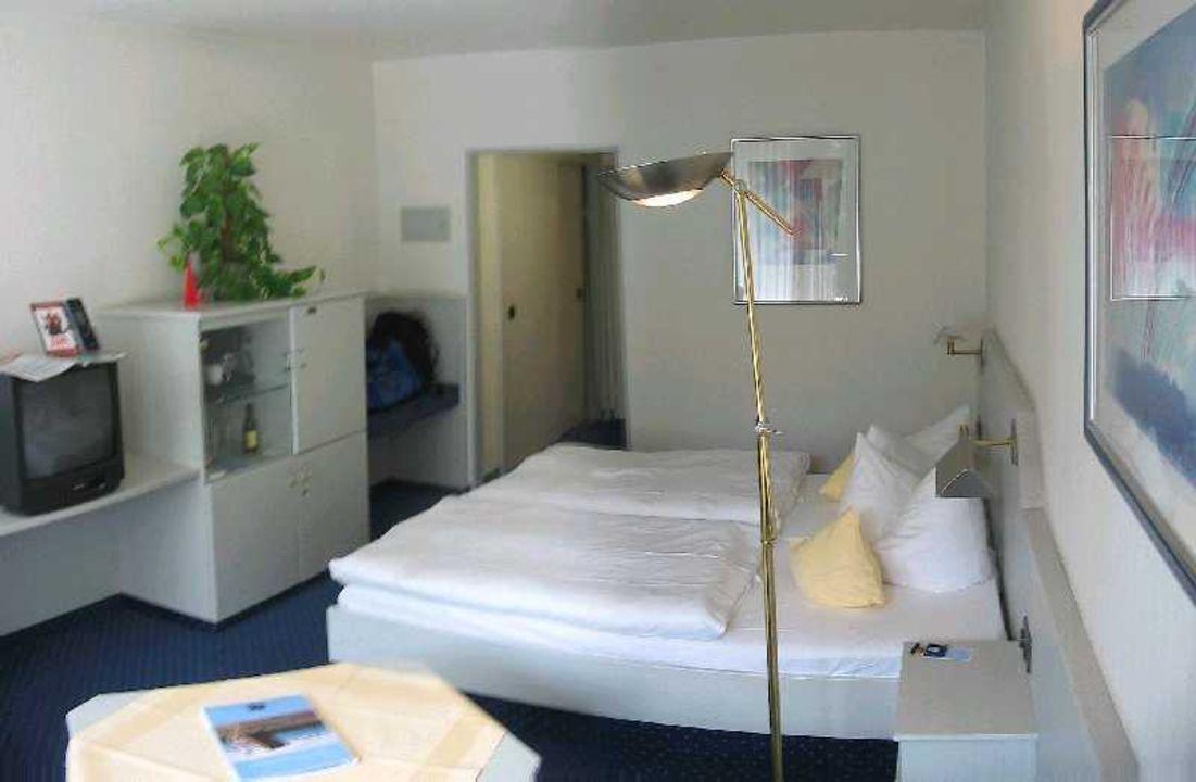 Doppelzimmer Dorint Hotel Sportresort Arnsberg Sauerland Arnsberg Holidaycheck Nordrhein Westfalen Deutschland