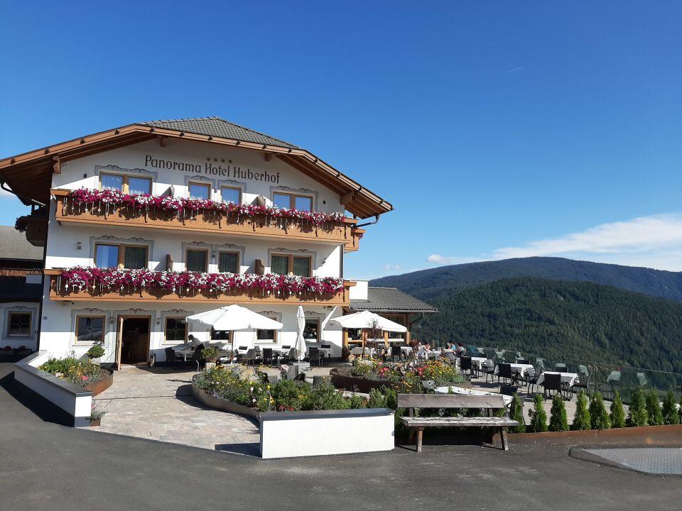 Außenansicht Panorama Hotel Huberhof