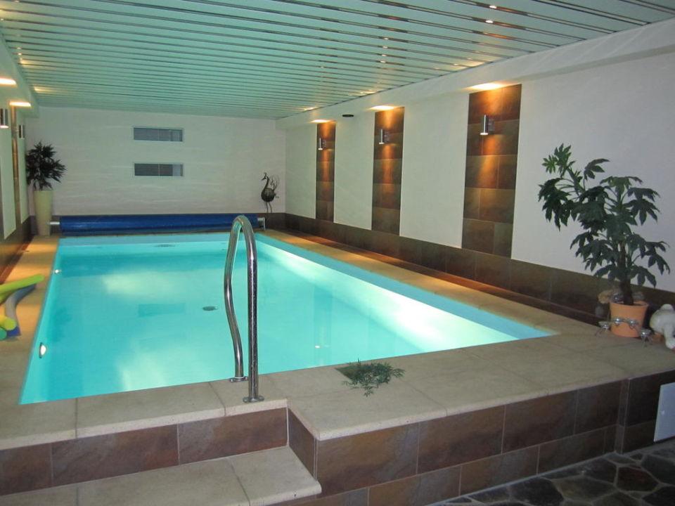 Pool mit Gegenstromanlage\