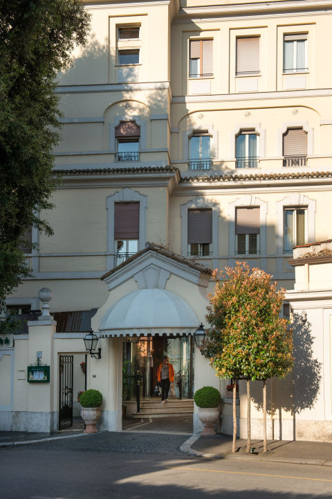 Hotel entrance Hotel Degli Aranci