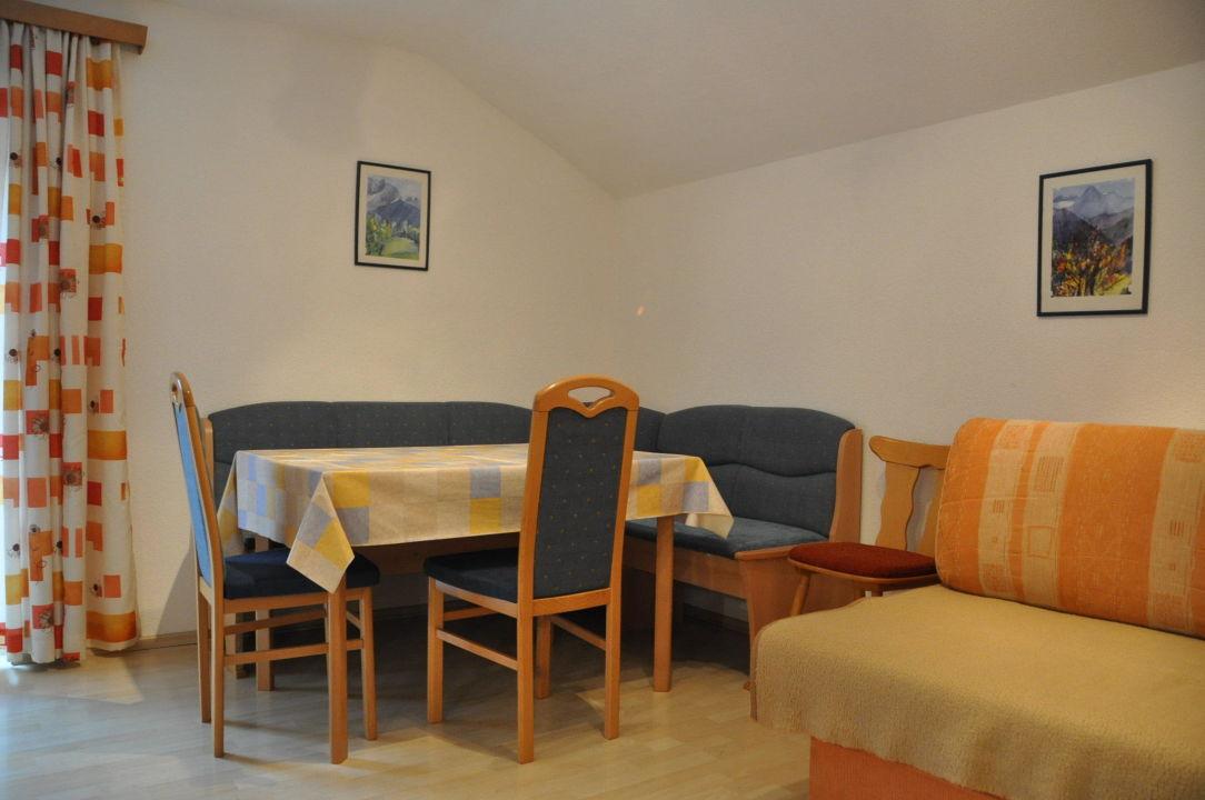 Gemutliche Wohnkuche Alpenrose Apartments Pfausler Oetz