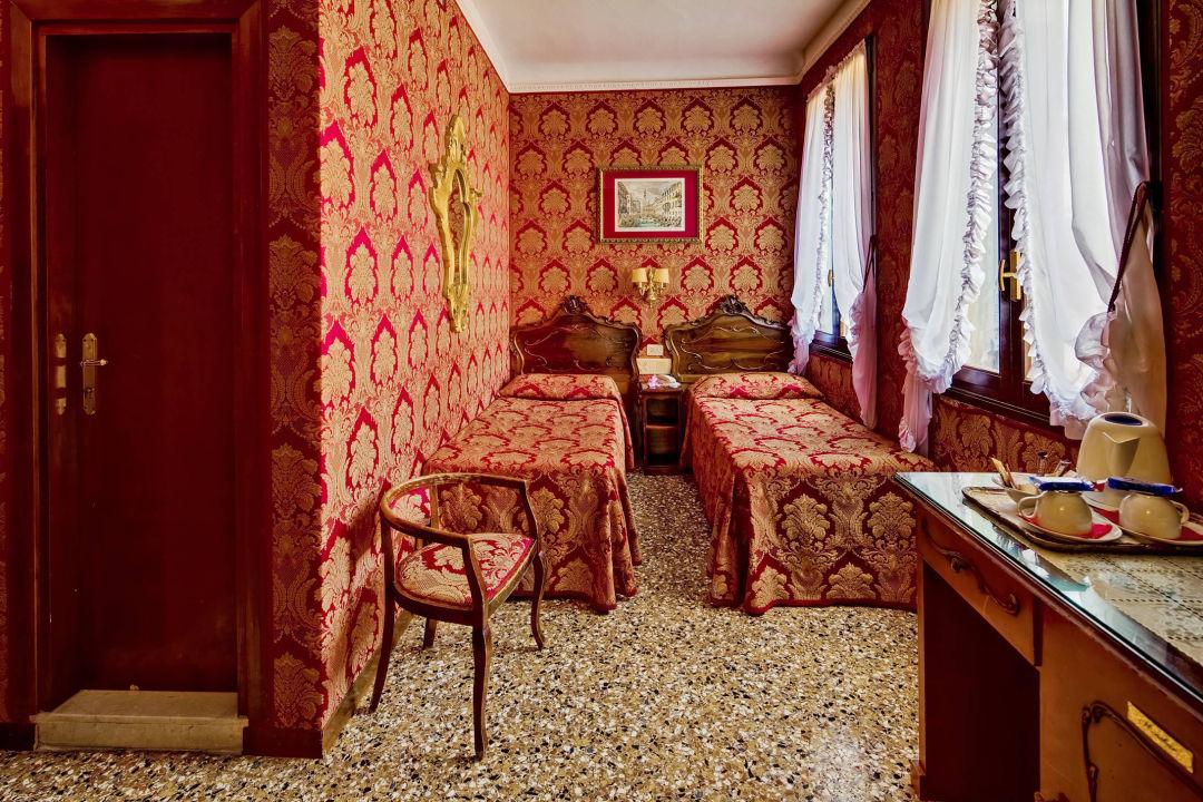 Camera Basic Hotel Antica Locanda Sturion