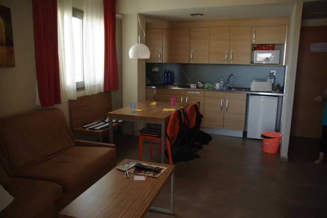 Wohn und Schlafraum Aparthotel Odissea Park
