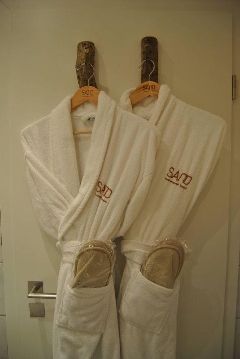 Bademäntel im Badezimmer\